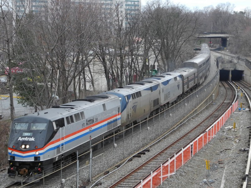 Breakfast links: An Amtrak collision in West Virginia killed
