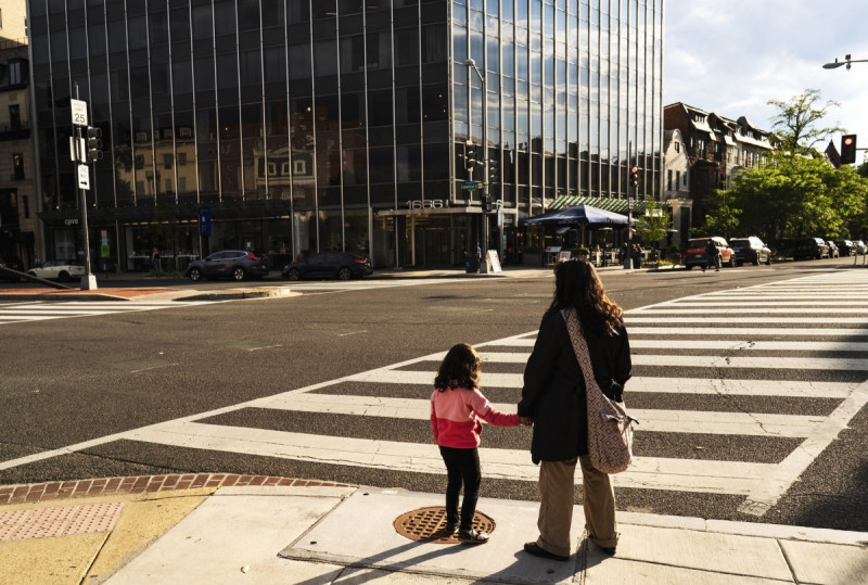 Bowser announces traffic safety funding push and moves to make interim DDOT director permanent