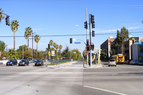 Busway on Chandler Boulevard, Laurel Canyon Station