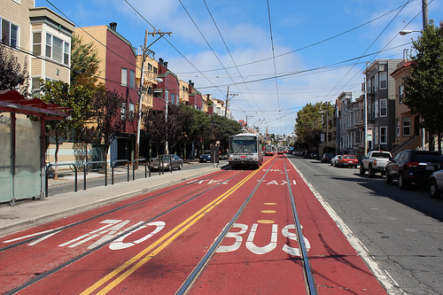 Red Paint Keeps Drivers Out Of San Francisco S Bus Lanes