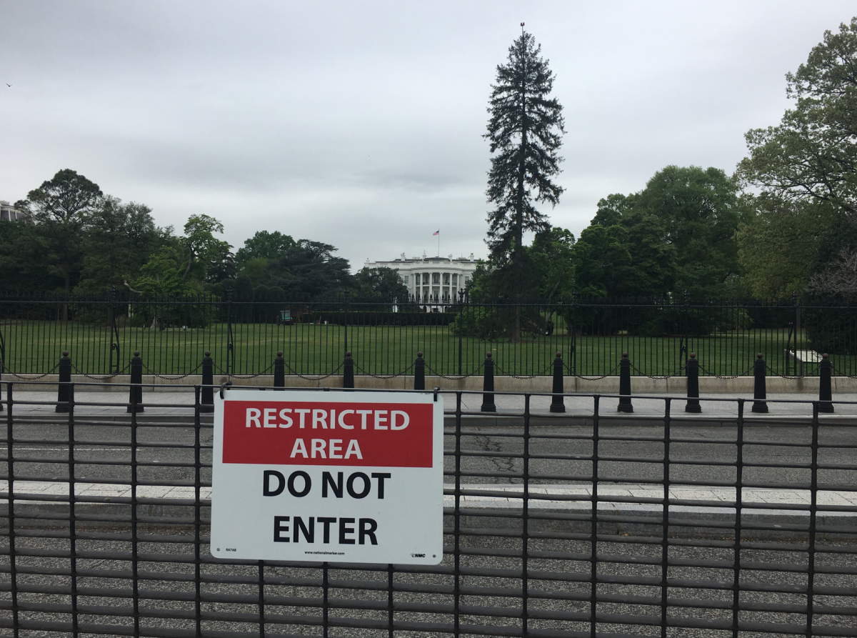 Closing The E Street Sidewalk In Front Of The White House Will Hurt